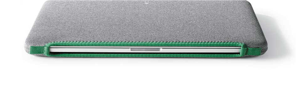 I really like the look of Evernote's products. This sleeve might be the one I end up with for tossing my rMBP into a backpack. It's this or the 12South BookBook…